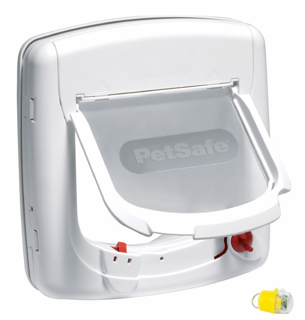 Staywell 500 Infra Red Cat Flap White Yellow Key by PetSafe