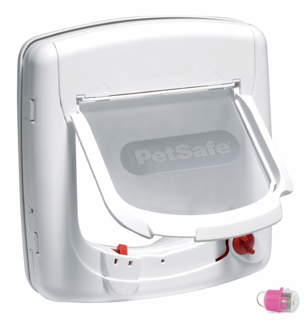 Staywell 500 Infra Red Cat Flap White Pink Key by PetSafe